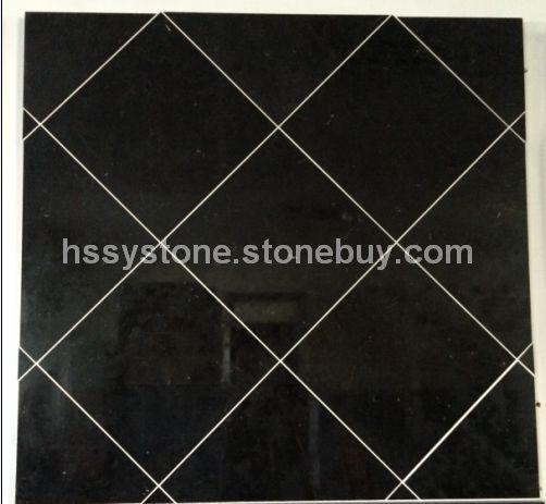 黑色石灰石