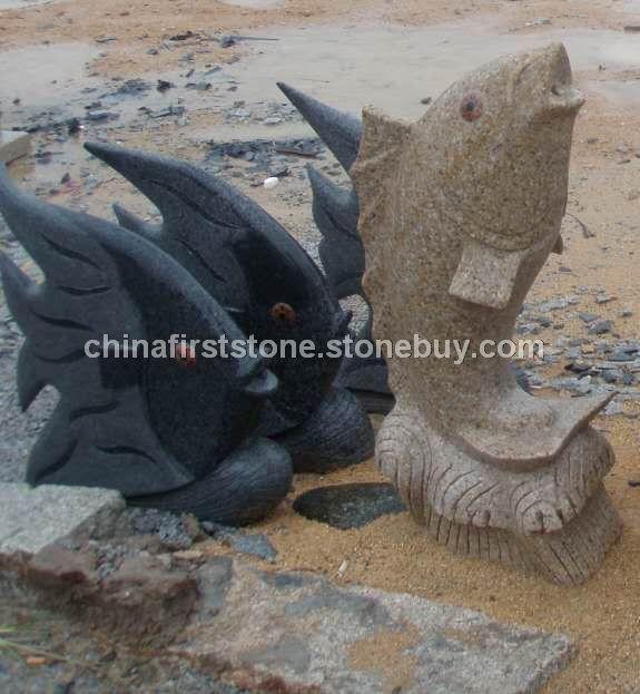 花岗岩鱼儿雕刻流水石