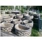 各种庭院花盆花缸