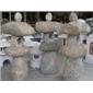 G682自然石燈