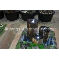 六方石喷水