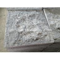 芝麻灰和G654芝麻黑地铺石自然面 芝麻黑 芝麻灰 G641乔治亚灰 芝麻白.黄锈石