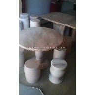 米黄玉圆桌