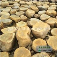 园林台面石厂家批发、黄蜡石产地直销刻字平面石、黄腊石凳