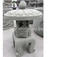 青砂岩石灯笼