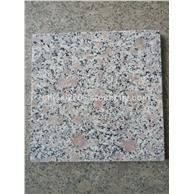 珍珠花、毛板、光板、工程板、路沿石、台阶石、及各种异形板材圆柱,圆球,挡车柱,s型路沿石,花瓶柱