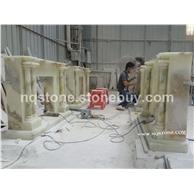 批量生产天然玉石雕刻壁炉架