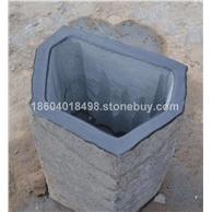 蒙古黑石柱